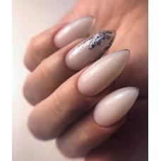 Коррекция ногтей миндальной формы